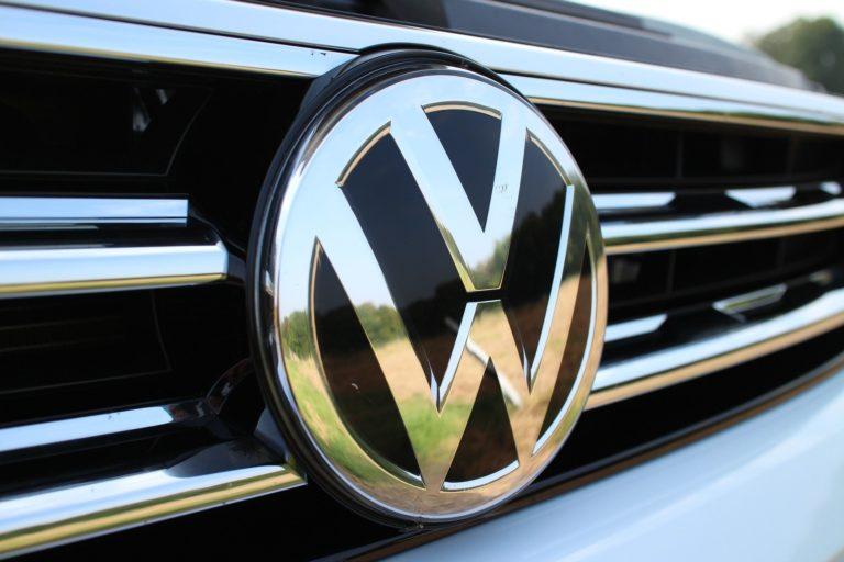 Stop alla vendita di endotermiche entro il 2035 per la Volkswagen